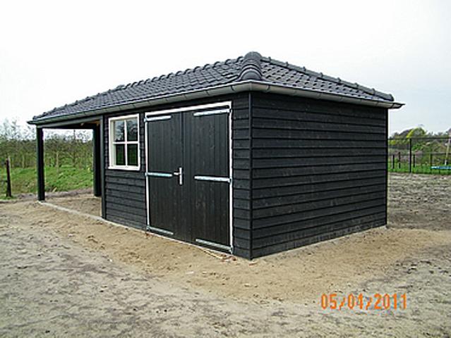 NRB Bouw BV - Projecten - Bouwen tuinhuis Vessem
